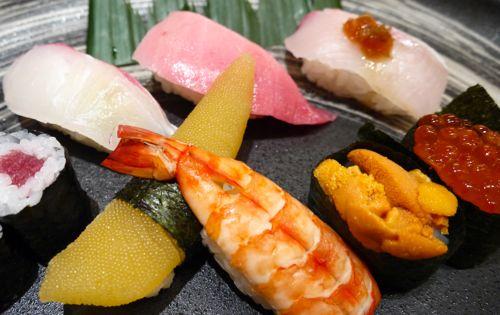 にぎり寿司の盛り合わせ