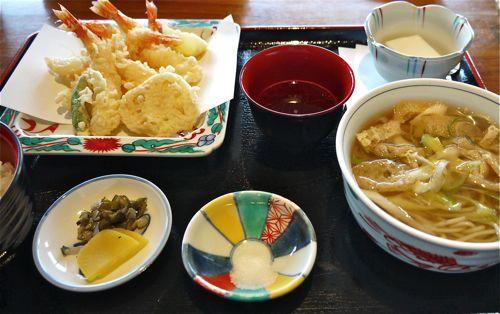 美々卯の天ぷらランチ