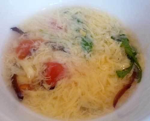 京鼎樓のランチのスープ