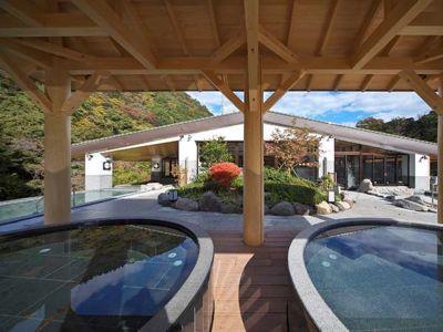 天成園の露天風呂